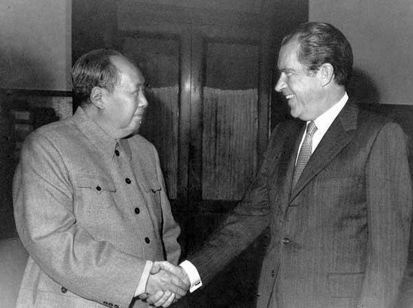 尼克松和毛泽东会面