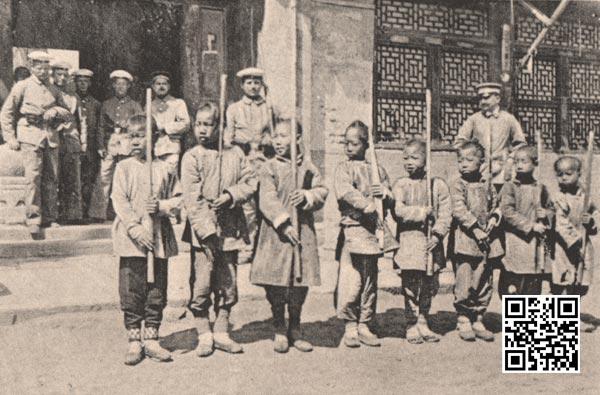 接收德军训练的小童